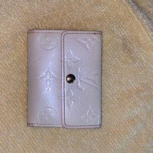 Authentic Louis Vuitton Perle Vernis Ludlow wallet